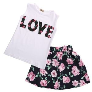 Other - T-SHIRT TOP AND SKIRT SET